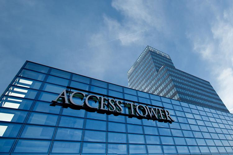 """Publity Erwirbt Das Bürohochhaus """"Access Tower"""" In"""